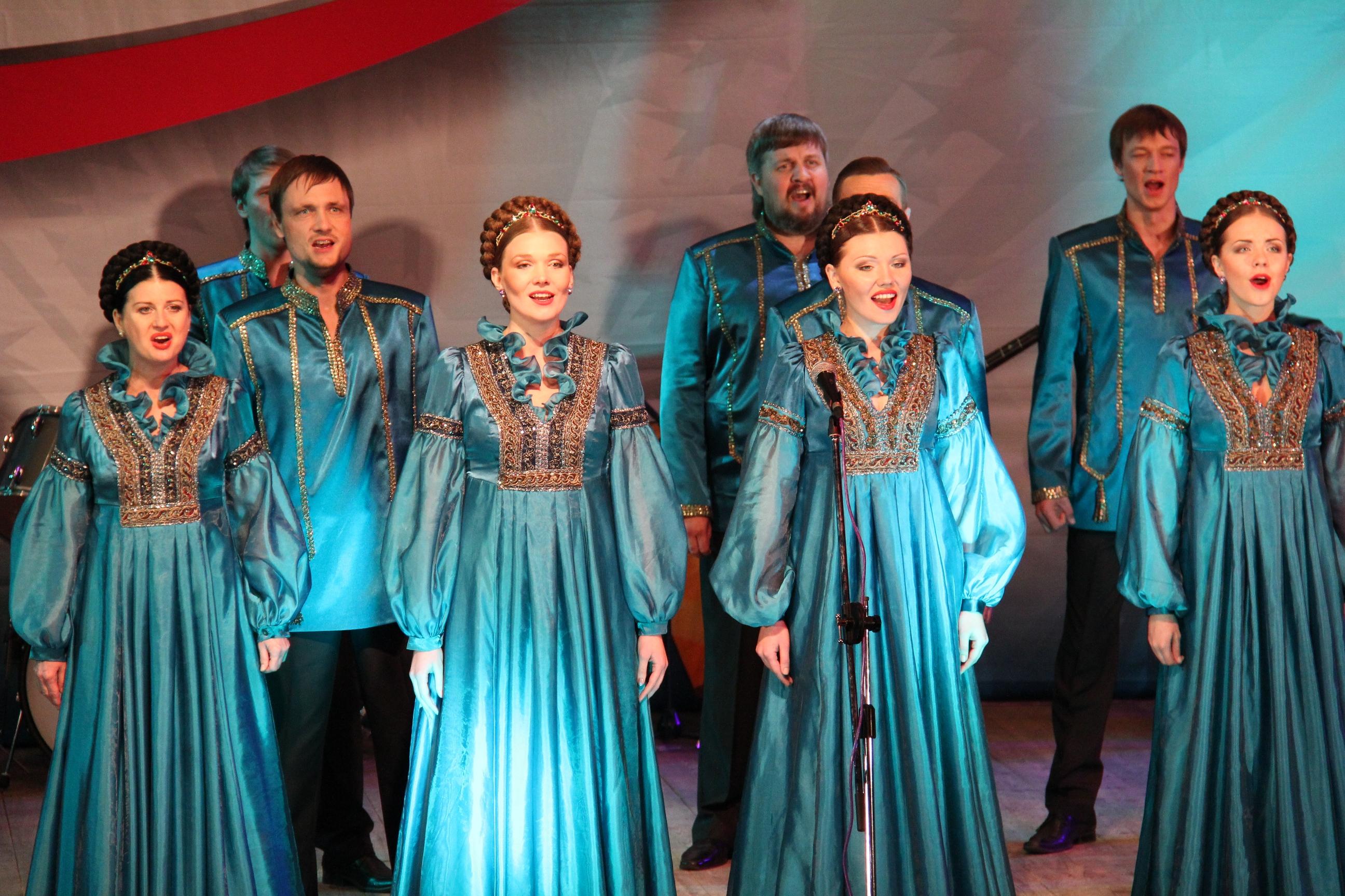 Фото украинок в национальных костюмах нежнейших