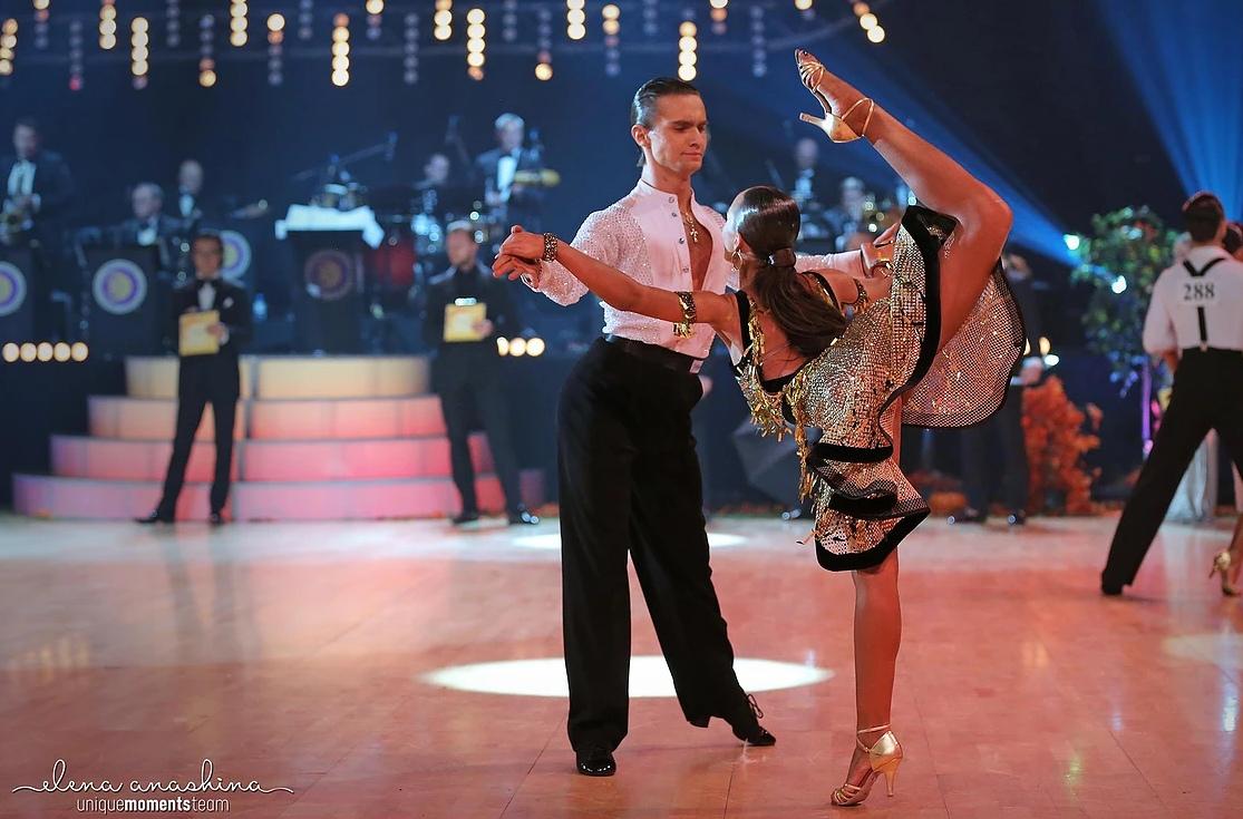 Лучшие клубы по бальным танцам в москве кирпич клуб москва
